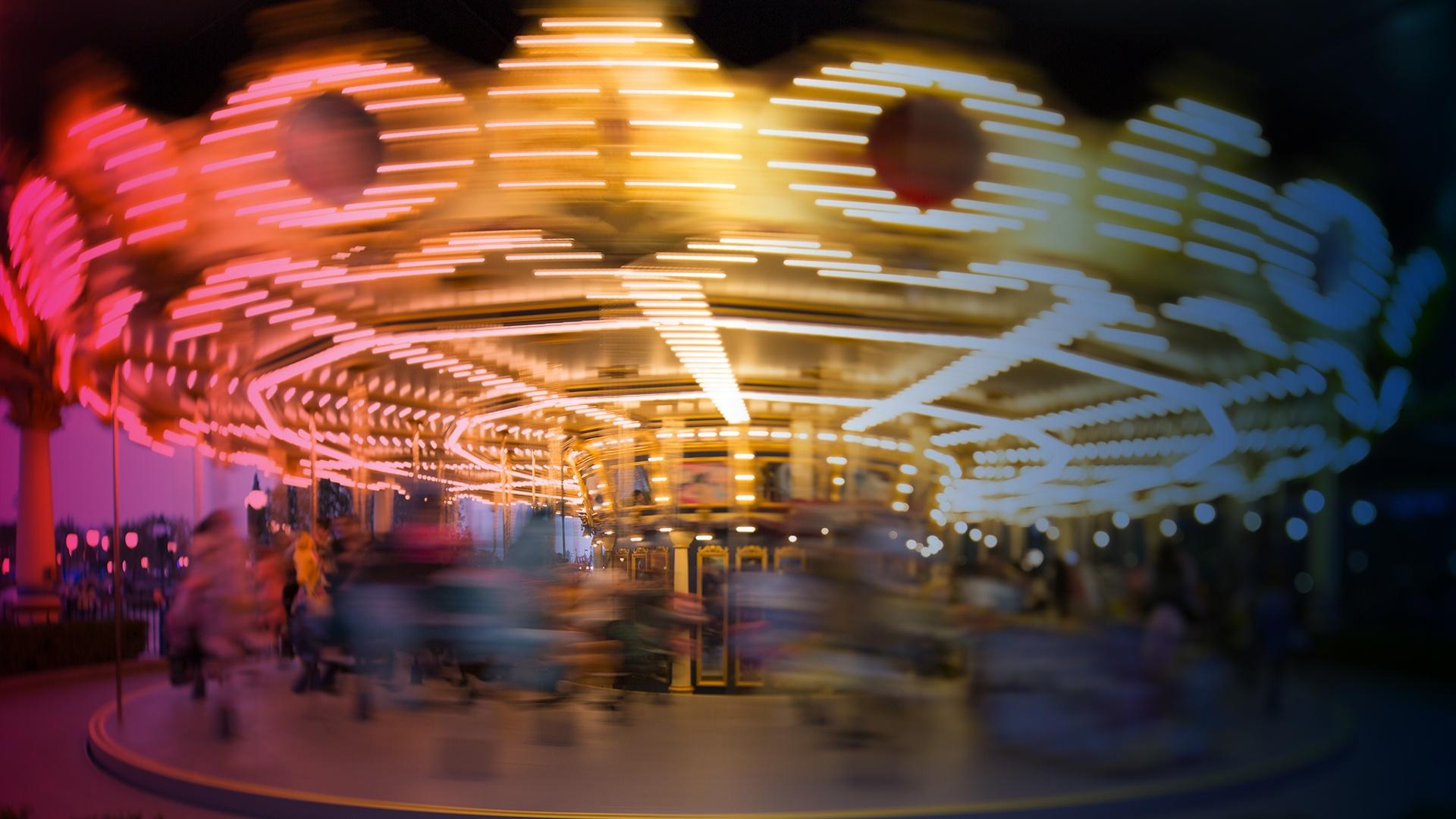 Carousel_2.jpg